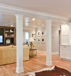 Mmm craftsman style interior columns square wood column for Columns in living room ideas