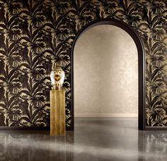 Tapetenkollektion Versace 2 von A.S. Création Die zweite Tapetenkollektion von «Versace» präsentiert luxuriöse Wandkleider in einem unverwechselbaren Stil und verbindet neoklassische Tradition mit moderner Optik. Dabei sorgen eine einzigartige Qualität und Ästhetik für stillvolles und prächtiges Ambiente. #versaceWallpaper #Versace #Tapete #wallpaper http://newwalls.as-creation.com/kollektionen/351100.html