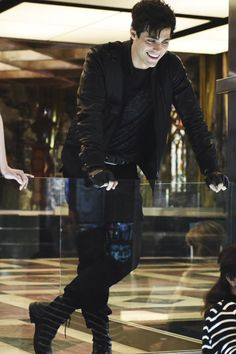Shadowhunters S01E13 - Morning Star - Without words