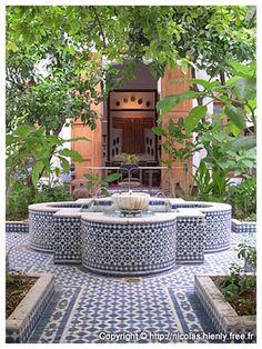 Riad Lune et Soleil - Fez Riads - That tiled fountain feeling in a courtyard. Moroccan Design, Moroccan Decor, Moroccan Style, Moroccan Room, Rooftop Dining, Outdoor Dining, Outdoor Decor, Moroccan Garden, Persian Garden