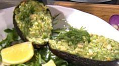 Awokado faszerowane łososiem i serem