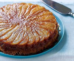 Caramelized Pear Upside-Down Cake Recipe (Fine Cooking) This cake is delicious warm or at room temperature. Pear Upside Down Cake, Mousse Au Chocolat Torte, Pear Cake, Pear And Ginger Cake, Different Cakes, Cupcakes, Cake Cookies, Food Cakes, Let Them Eat Cake