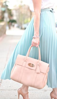 love this pleated maxi skirt http://rstyle.me/n/k3x6kr9te