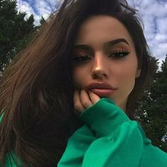 Psychological facts about pretty people the dilution of our society - Lipglouse Makeup Goals, Makeup Inspo, Makeup Inspiration, Character Inspiration, Skin Makeup, Beauty Makeup, Hair Beauty, Makeup Style, Pretty People