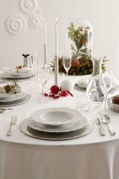 Une table de Noël sobre et raffinée