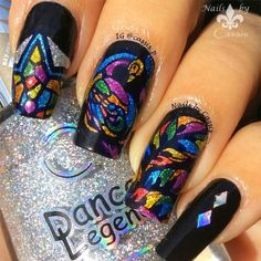 Peacock Stained Glass Mani #nails #nailart #nailstamping #moyoulondon