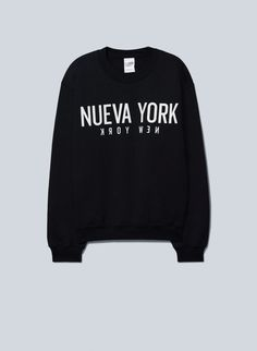 LA NOTTE TOMMASO SWEATSHIRT - Printed with a custom-designed graphic, made with super-soft fleece