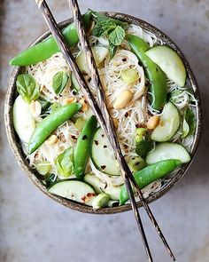 If our greens looked like this ☘ Crunchy noodles tossed with basil, cucumber, peanuts, mint and basil. #jodiloves #green #detox #mondayloves #eatgreen #colour #food #inspiration