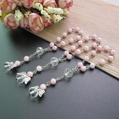 24 Pcs Pink Mini Rosary baptism Favors with Angels for Girl Recuerdos de Bautizo Finger Rosaries Silver Plated: Great for baptism favors, christening favors. Christening Favors, Baptism Favors, Communion Party Favors, Beaded Angels, Prayer Cards, Crystal Beads, Special Gifts, Beaded Bracelets, Rosaries