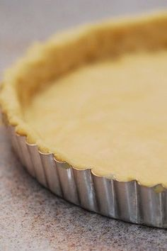 How to make savory tart crust from scratch Quiche Recipes, Tart Recipes, Baking Recipes, Pastry Recipes, Quiches, Pie Dessert, Dessert Recipes, Desserts, Easy Quiche Crust