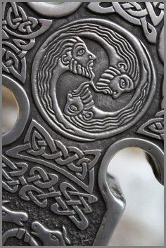 detail of Celtic cross