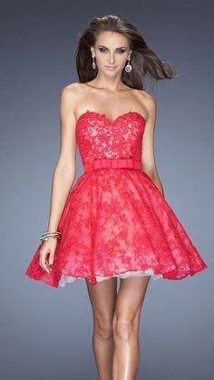 9776ffbe02 9 érdekes kép a(z) menyecske tábláról | Formal dresses, Evening ...