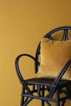 Decorating With Mustard Yellow - - Can t go wrong pairing mustard yellow and black Mustard walls with black accents love the black bamboo chair and velvet cushion combo Image by Rockett St George Yellow Interior, Gold Interior, Interior Design, Wall Paint Colors, Interior Paint Colors, Paint Walls, Interior Painting, Mustard Yellow Walls, Mustard Yellow Bedrooms