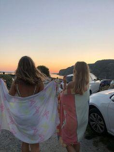 @angelasunn_ ♥   Summer aesthetic, Summer baby, Summer dream Summer Feeling, Summer Vibes, Summer Sunset, Summer Nights, Tumbrl Girls, Summertime Sadness, Summer Goals, Summer Aesthetic, Sky Aesthetic