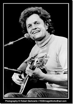 Harry Chapin - Gone to soon.  A great teller of stories...