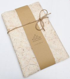 Sustainable gift wrap option featuring eco-friendly banana paper, recycled paper and a natural fibre twine. Creative Gift Wrapping, Wrapping Ideas, Eco Friendly Paper, Sustainable Gifts, Christmas Gifts For Her, Making Ideas, Beaded Bracelets, Packaging Ideas, Gift Boxes