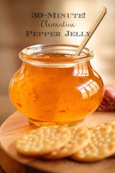Clementine Pepper Jelly - it's fabulous for appetizers glazes and gifts. Oh and it's insanely delicious on warm biscuits with butter! via The Café Sucre Farine Pepper Jelly Recipes, Hot Pepper Jelly, Coconut Oil Weight Loss, Freezer Jam, Jam And Jelly, Easy Entertaining, How To Eat Less, Canning Recipes, Canning 101