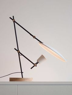 Crescent Table Lamp by young Australian designers Lewis Ye | http://www.yellowtrace.com.au/2014/02/03/australian-designers-spotlight/