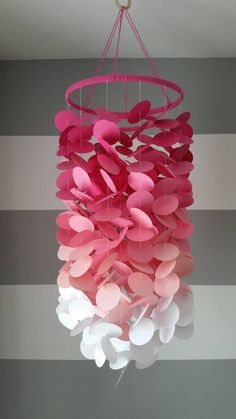 Diy room decor - Mobile paper in shades of pink girl's room Nursery Decoration for children's rooms Mobile decorative paper Diy Arts And Crafts, Crafts For Kids, Paper Crafts, Diy Crafts, Diy Paper, Baby Room Colors, Wooden Hoop, Paper Flowers Diy, Paper Decorations