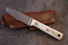 L.T. Wright Handcrafted Knives. Custom Knife. Leather Sheath.