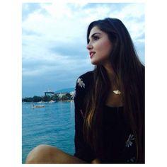 Lets be mermaid✨ Stylish Girls Photos, Stylish Girl Pic, Girl Photos, Turkish Women Beautiful, Turkish Beauty, Selfies, Murat And Hayat Pics, Girly Dp, Cute Love Stories