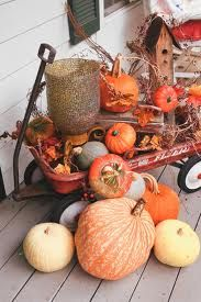 Idea I found for using our red wagon on the porch for fall.