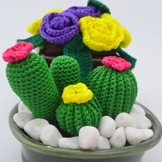 Amigurumi cactus for printing and painting – From Parts Unknown Crochet Pig, Crochet Cactus, Crochet Yarn, Crochet Flowers, Crochet Stitches, Yarn Crafts, Bead Crafts, Fabric Crafts, Amigurumi Patterns