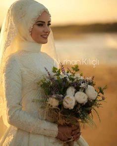 Very Liked Once more share guzel gelim Havva ret # sunny Turkish Wedding Dress, Muslim Wedding Gown, Hijabi Wedding, Muslimah Wedding Dress, Hijab Style Dress, Bridal Hijab, Muslim Wedding Dresses, Muslim Brides, Wedding Bride