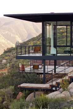 Architecture Discover Spectacular and unique Hotel Encuentro Guadalupe in Mexico. Cliff House House On A Hill My House Dream Home Design Modern House Design Houses On Slopes Steel Frame House Hillside House House On Stilts Cliff House, House On A Hill, House In The Woods, Steel Frame House, Steel House, Dream Home Design, Modern House Design, Houses On Slopes, Hillside House