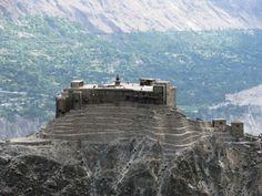 The Amazing Baltit Fort, Hunza, Pakistan Pakistan Images, Pakistan Art, Pakistan Travel, Baltit Fort, Places Around The World, Around The Worlds, Beautiful World, Beautiful Places, Hunza Valley