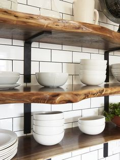 Remodeling your kitchen? Why not utilize open shelving? 30 images of this open kitchen rack can be your ideas in enhancing your kitchen area. Live Edge Shelves, Home Kitchens, Kitchen Design, Kitchen Inspirations, Kitchen Renovation, Kitchen Decor, Open Kitchen Shelves, Small Kitchen, Lake House Kitchen