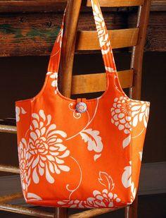 Ava Rose tote PDF sewing pattern by artsycraftybabe on Etsy   ~t~
