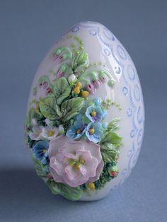 Egg Crafts, Easter Crafts, Diy And Crafts, Easter Art, Easter Eggs, Egg Shell Art, Easter Wallpaper, Carved Eggs, Easter Egg Designs