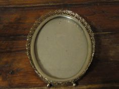 Vintage gold filigree picture frame by KeysFinds on Etsy, $8.50