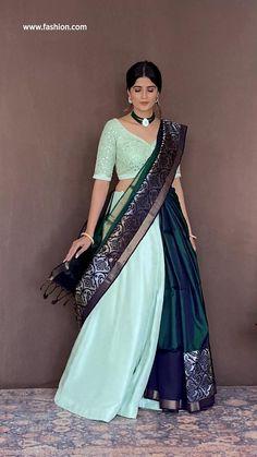 Lehenga Designs Simple, Half Saree Designs, Saree Blouse Designs, Indian Gowns Dresses, Indian Fashion Dresses, Indian Designer Outfits, Indian Dresses Traditional, Lehenga Saree Design, Fancy Dress Design