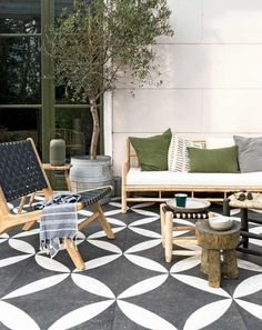 Private garden with patterned flagstones and a Scandinavian-style sofa set wooden terrace furniture wooden furniture garden garden furniture Outdoor Tiles, Outdoor Rooms, Outdoor Living, Outdoor Decor, Patio Furniture Sets, Furniture Styles, Garden Furniture, Furniture Layout, Furniture Market