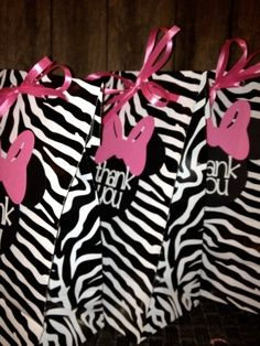Minnie Mouse Party Favor Bags Pink and Zebra Themed Set of 10 on