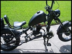 Photos of custom motorized bicycles.See OCC Schwinn Stingray choppers we've motorized.Also rat rods & cruisers, e-bikes or ones with gas and electric motors. Best Electric Bikes, Gas And Electric, Bike Chopper, Gas Powered Bicycle, Banana Seat Bike, Harley Davidson Engines, Bicycles For Sale, Motorised Bike, Ape Hangers