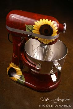 Just shows how fun other background colors can be with our sunflower themed KitchenAid mixers! Tips And Tricks, Red Kitchen, Country Kitchen, Kitchen Stuff, Lemon Kitchen, Turquoise Kitchen, Country Living, Bar Designs, Design Ideas