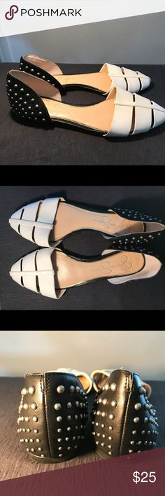 😍Jessica Simpson Flats😍 Jessica Simpson Flats😍 Great Condition✨ Jessica Simpson Shoes Flats & Loafers