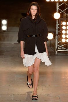 Isabel Marant Spring 2018 Ready-to-Wear Collection Photos - Vogue