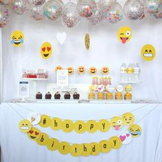 Emoji Instagram party | CatchMyParty.com