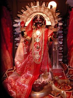 Indian Goddess Kali, Goddess Art, Durga Goddess, Indian Gods, Maa Kali Images, Lakshmi Images, Kali Picture, Durga Maa Paintings, Mother Kali