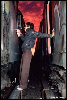 Subway artist in the '80s, before NYC locked up the yards, got new trains & shut down the artists. #city