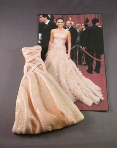 Red Carpet Dress Cookie amazing for bridal shower or Oscar party. so cool!!