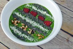A low carb smoothie bowl for breakfast is better than a bowl of cereal and almost as quick! Full of fruits, veggies, protein and fats! Vegetable Recipes Easy Healthy, Mix Vegetable Recipe, Grilled Vegetable Recipes, Healthy Food, Sugar Free Low Carb Recipe, Protein Powder Cookies, Bowl Of Cereal, Eating Vegetables, Veggies