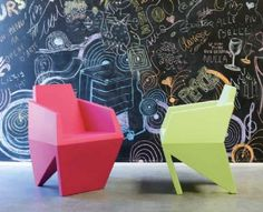 ABOUT NOVELTIES 2013 OF B-LINE. GEMMA SMALL ARMCHAIR E OSKAR THE WALL MIRROR, IN ITALIAN