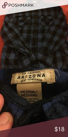 Blue flannel Really nice quality it just doesn't fit anymore. In good condition! Arizona Jean Company Shirts