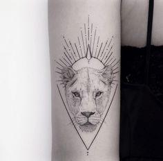 Fine Line Tattoos, Body Art Tattoos, I Tattoo, Tatoos, Lioness Tattoo, Tattoo Portfolio, Lion Art, Animal Tattoos, Tattoo Inspiration