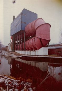 Ludwig Leo and Christian Boës (Engineer), Circulation Tank 2 at the Hydraulics Research Centre in Berlin-Tiergarten, 1967–74 © Wilfried Roder-Humpert